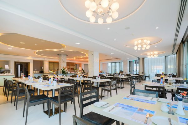 Vassos Nissi Plage Restaurant